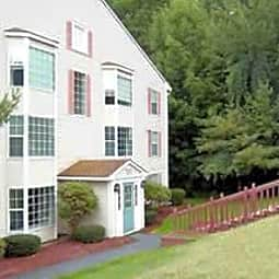 Hillside View Apartments - Concord, New Hampshire 3301