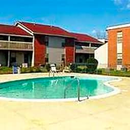 Greenbriar Apartments - Montgomery, Alabama 36116