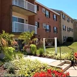 Middlebrooke Apartments & Townhomes - Westminster, Maryland 21157
