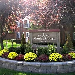 Manley Court - Summit, New Jersey 7901