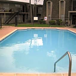 Oakwood Village Apartments - Pasadena, Texas 77503