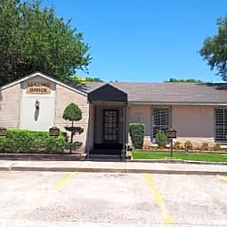 Heritage at 9th Avenue - Texas City, Texas 77590