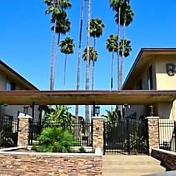 Bahamas Apartments - Covina, California 91723
