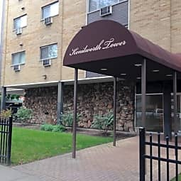Kenilworth Towers - Oak Park, Illinois 60302