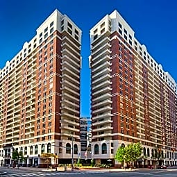 Archstone Ballston Square - Arlington, Virginia 22203