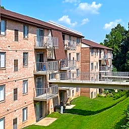 Drummond Hill Apartments - Newark, Delaware 19711