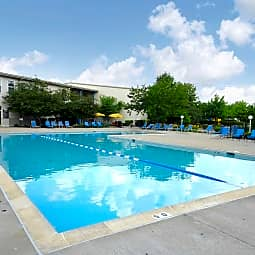 HighPoint Apartments - Romeoville, Illinois 60446