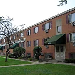 Kamden Village Apartments - Cleveland, Ohio 44111
