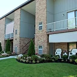 Kingswick Apartments - West Deptford, New Jersey 8086