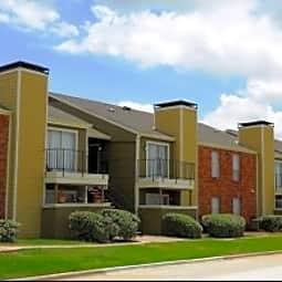 Huntington Circle Apartments - Lewisville, Texas 75067