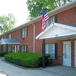 Waterfront and Plaza Apartments - Franklin, Ohio 45005