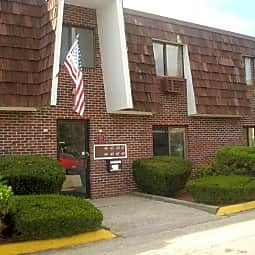 Sandy Lane Apartments - Warwick, Rhode Island 2889