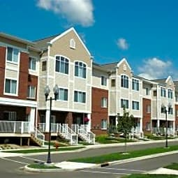 Hearthstone Apartments & Townhomes - Apple Valley, Minnesota 55124