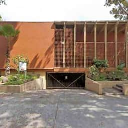 1750 El Cerrito Place Apartments - Los Angeles, California 90028