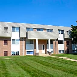 Shillington Commons Apartments - Shillington, Pennsylvania 19607