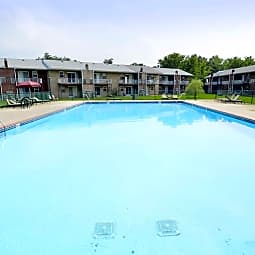 Pickwick Apartments - Maple Shade, New Jersey 8052