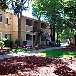 Cedar Park Apartments - Chico, California 95926