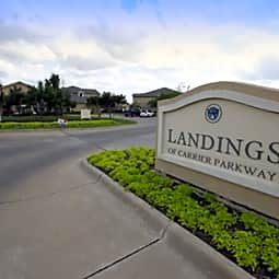 The Landings of Carrier Parkway - Grand Prairie, Texas 75051