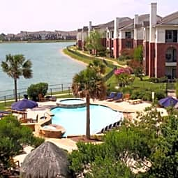 Westlake Residential Apartments - Pearland, Texas 77581