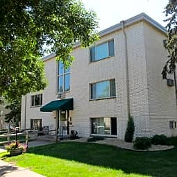 LaBlanche Apartments - Saint Paul, Minnesota 55117