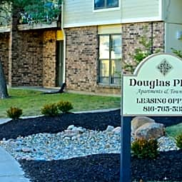 Douglas Place Apartments and Townhomes - Grandview, Missouri 64030