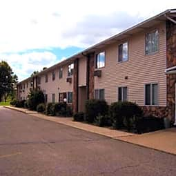 Farmington Hills Apartments - Elkhart, Indiana 46517