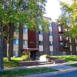 Franklin Terrace - Minneapolis, Minnesota 55406