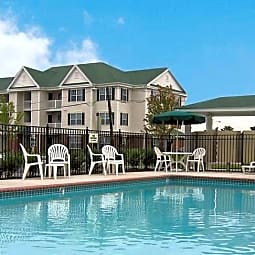 Crescent Place - Portsmouth, Virginia 23707