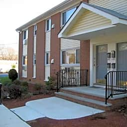 Eagle Rock Apartments - Hamilton, New Jersey 8620
