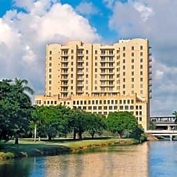 The Towers of Dadeland - Miami, Florida 33143