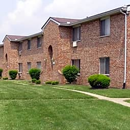 Stillwater Park Apartments - Dayton, Ohio 45405