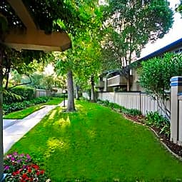Del Prado - Pleasanton, California 94566