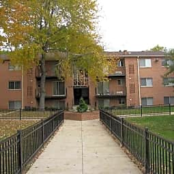 Glen Willow Apartments - Capitol Heights, Maryland 20743