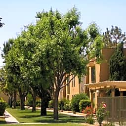 Serena Vista Apartments - Bakersfield, California 93307