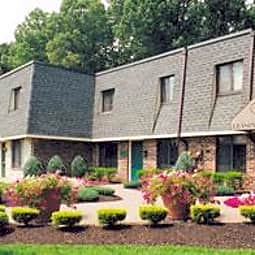 Buckingham Place Townhomes - Newark, Delaware 19702