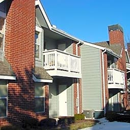 Peppertree Apartments - Merriam, Kansas 66204