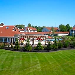 Sunlake Apartments - Fishers, Indiana 46038