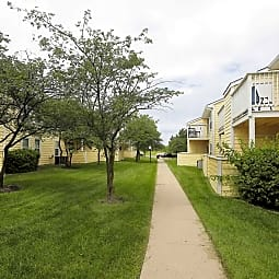 Eaglerock Village Apartments - Wichita, Kansas 67226