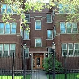 1431 - 1433 Howard Street Apartments - Chicago, Illinois 60626
