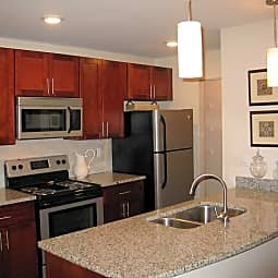 StoneHaven Apartment Homes - Columbia, Maryland 21046