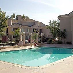 Alcantara Home Apartments - Rialto, California 92376