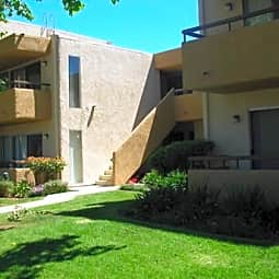 Reseda Apartments - Reseda, California 91335