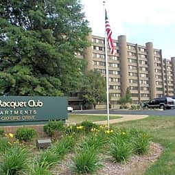 Racquet Club Apartments - Monroeville, Pennsylvania 15146