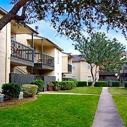 Silvermine Apartments - Victoria, Texas 77904