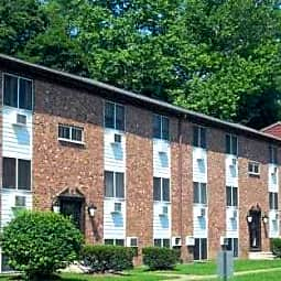 Oak Tree Garden Apartments - Wappingers Falls, New York 12590