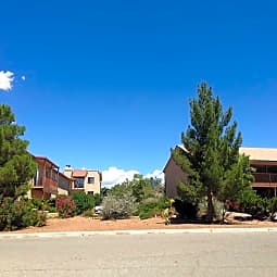 Desert Oasis Apartments - Las Cruces, New Mexico 88012