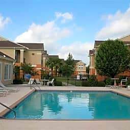 Longridge Apartments - Baton Rouge, Louisiana 70816