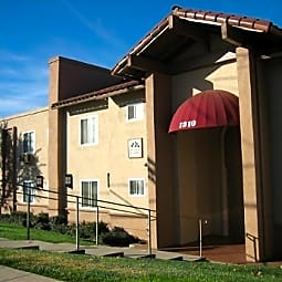 Plaza Verde Apartments - El Cajon, California 92021