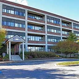 Bridgeview Apartments - Allentown, Pennsylvania 18103