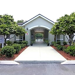 Courtney Manor - Jacksonville, Florida 32244